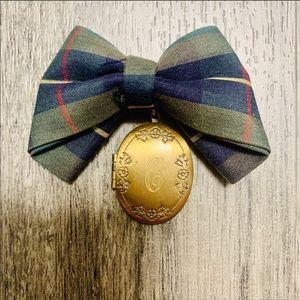 Vintage plaid bow tie locket neck tie brooch